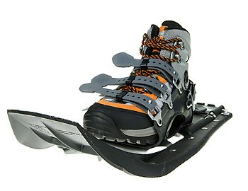 Lightweight technical snowshoe and boot