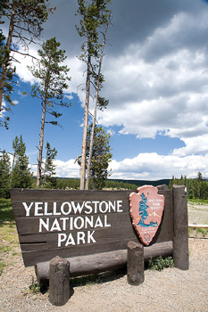 Sign at entrance to Yellowstone National Park, Wyoming