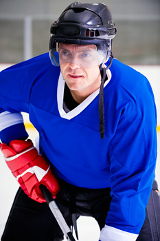 Hockey player prepared in rink
