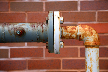 Outdoor pipes with leaky valve