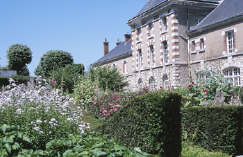 Mansion exterior and grounds