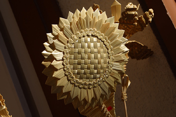 Wooden sunflower