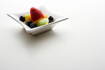 Mixed fruit in dish